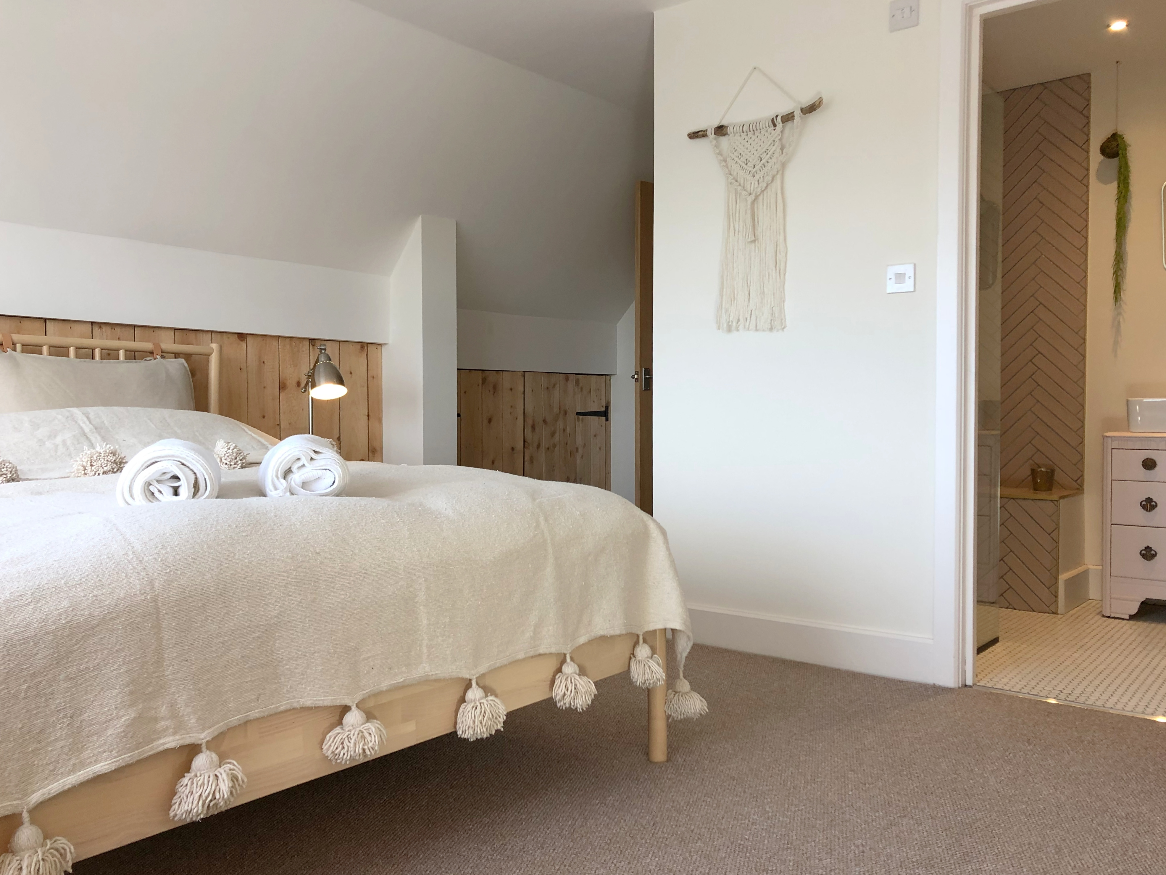 Master Bedroom - Ensuite - Sea views